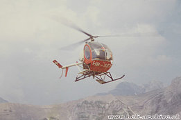 Glarus Alps/GL, 1970s - The Hughes 269C HB-XEH in service with Linth Helikopter (family Kolesnik)