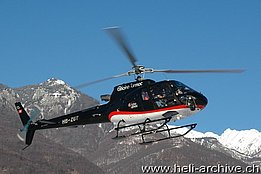 Locarno airport/TI, December 2010 - The AS 350B3 Ecureuil HB-ZGT of the Tarmac Aviation photographed while landing (M. Bazzani)
