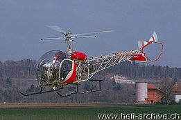 Belp/BE, April 1977 - The Bell 47G2 HB-XFB in service with Heliswiss (A. Heumann - www.swissandmore.de)