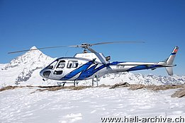 Rothorn-Zermatt/VS, March 2007 - The AS 350B2 Ecureuil HB-ZDN in service with Héli-Passion (P. Zurniwen)