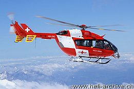 Kleine Scheidegg, May 2010 - The EC-145 HB-ZRC in service Rega (B. Siegfried)