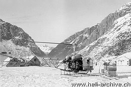 January 1958 – The Agusta-Bell 47G2 HB-XAO in service with Heliswiss photographed in Andermatt/UR (archive M. Kramer)