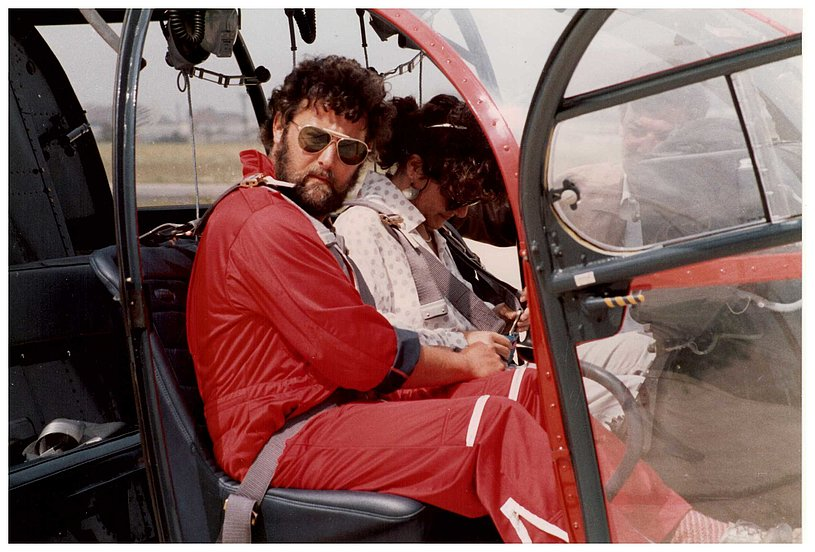 Spain 1988 - Heinz von Wyl at the controls of an Alouette 3 (P. Menghetti)