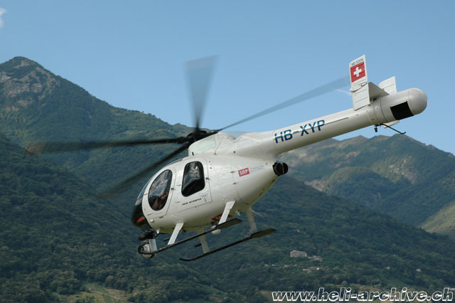 Locarno airport/TI, June 2014 - The MDD MD 520N Notar HB-XYP fitted with a Cineflex camera (M. Bazzani)