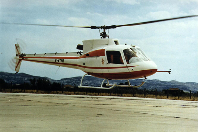 Marignane/F, June 27, 1974 - The AS 350-001 F-WTNB photographed during the maiden flight (archive Aérospatiale)