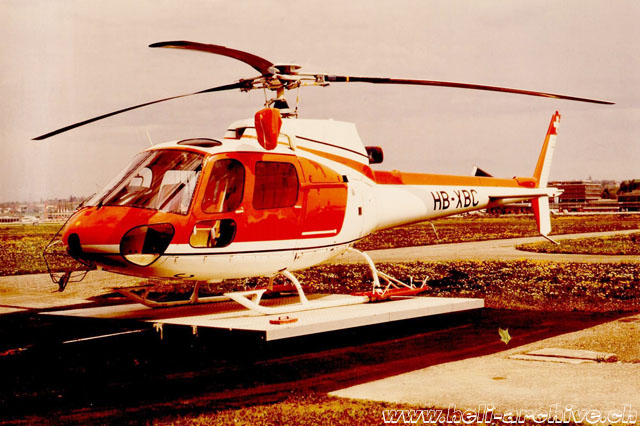 The AS 350B Ecureuil HB-XBC operated by Sécurité civile of Geneva (archive J. B. Schmid)