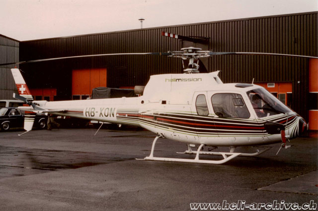 The AS 350B Ecureuil HB-XON photographed in Belp/BE (archive E. Krebs)