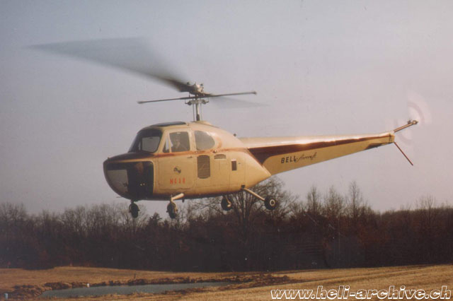 The Bell 47B N5C photographed in flight in 1984 after the restoration (C. Voss)