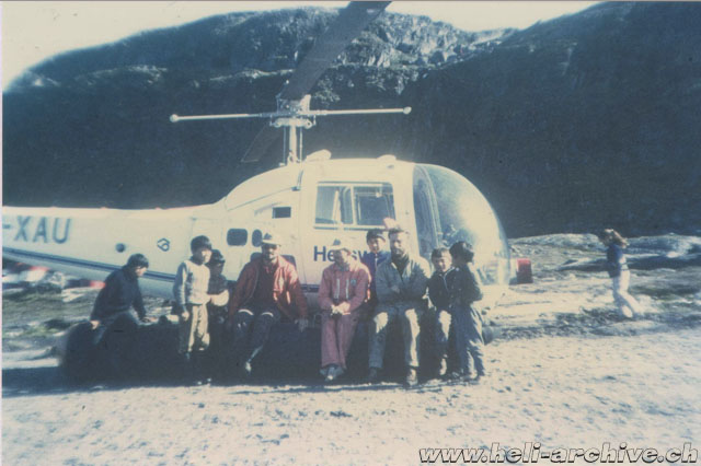 Greenland, summer 1970 - The Bell 47J Ranger HB-XAU was painted in white the year precedent its desappear (A. Litzler - HAB)