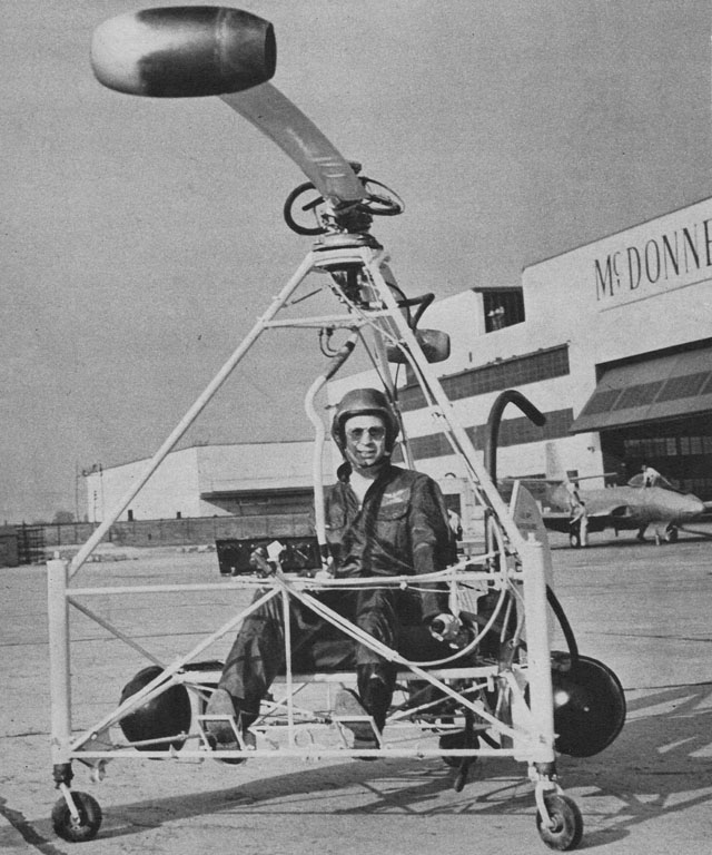 "The Mc Donnell YH-20 ""Little Henry"" made its first test flight on May 5, 1947 was one of the first experimental helicopters powered by ramjets (archive Mc Donnell)"