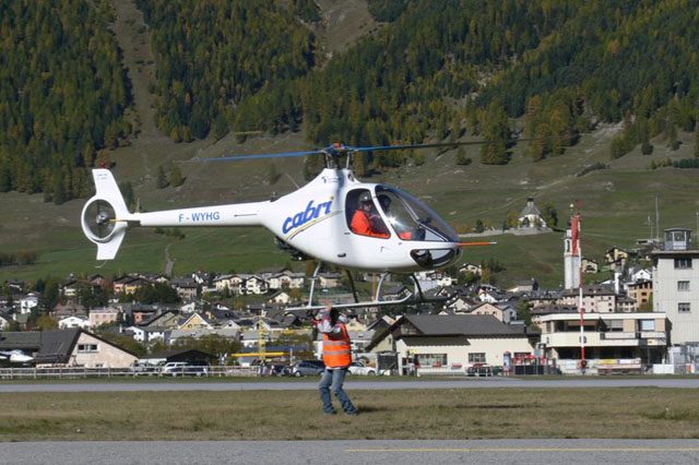 Samedan/GR, October 2006 - The Guimbal Cabri G2 F-WYHG photographed during the high altitude flight tests in Switzlerland (Hélicoptères Guimbal)