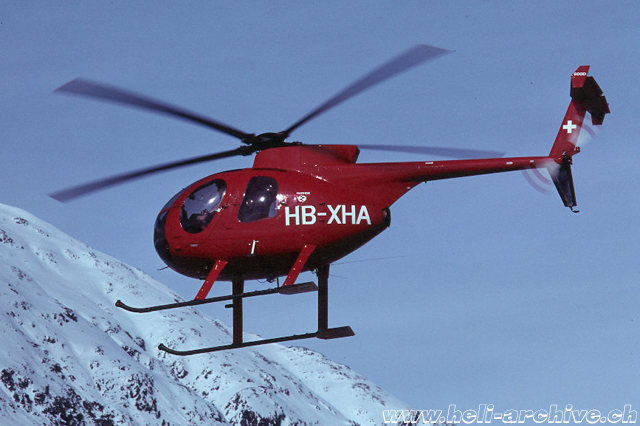 Samedan/GR, 1978 - The Hughes 500D HB-XHA of the Swiss firm IISI Products AG (A. Heumann)