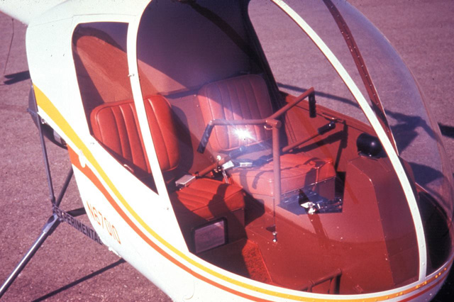 The cabin of the R22 prototype N67010. To note the original cyclic stick (RHC)