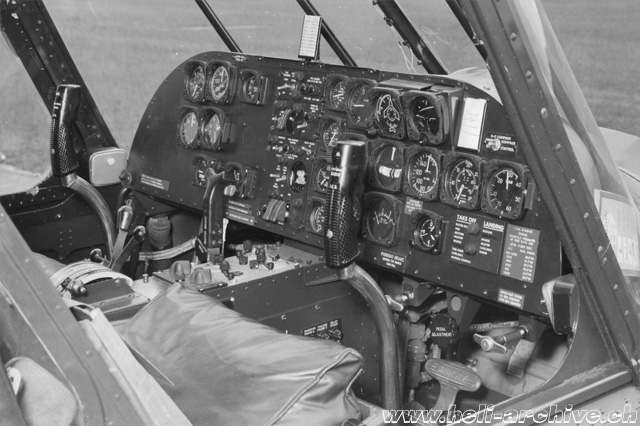 The instrument panel of the Sikorsky S-55 F-BGOY (HAB)