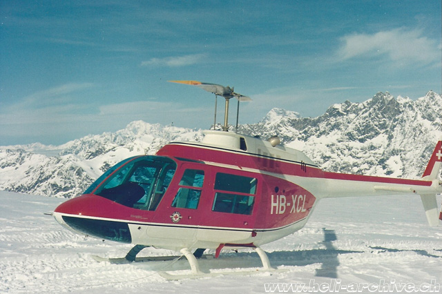 The Agusta-Bell 206A HB-XCL has been the first helicopter to enter in service with Air Zermatt (G. Amann)
