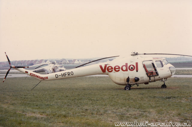 "Peine-Eddese/Germany, August 1974 - The Bristol 171 D-HFRO of Nord Helikopter with the sticker of the famous oil brand ""Veedol"" (Ken Elliott)"