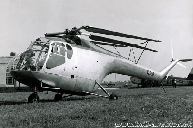 1947 - The first prototype of the Bristol 171 (VL 958). The main rotor blades could be folded (HAB - brochure Bristol)