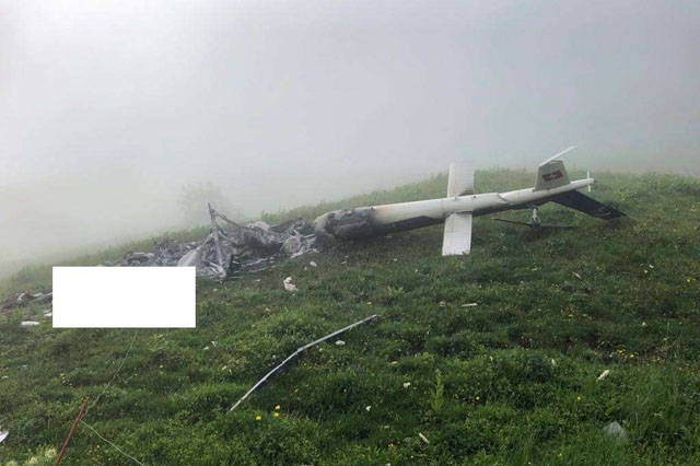 The wreckage of the AS350B3 Ecureuil HB-ZOJ operated by BEO Helicopter (KAPO)