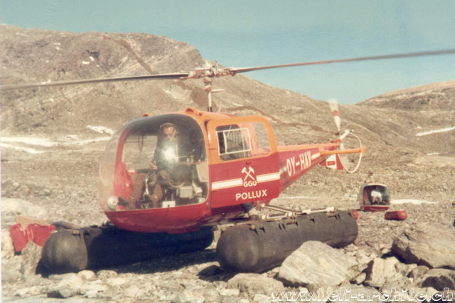 Greenland, summer 1970 - Paul Schmid at the controls of the Agusta-Bell 47J Ranger OY-HAV used to transport the geologists of GGU (family Schmid)