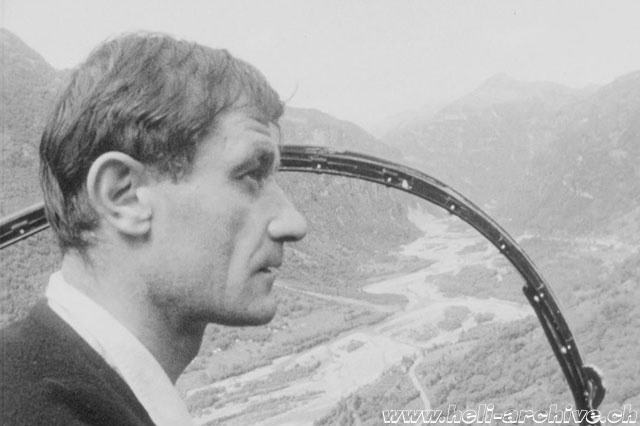 Estate 1963 - Jacques-Pascal Castaing in volo in Valle Maggia (HAB)