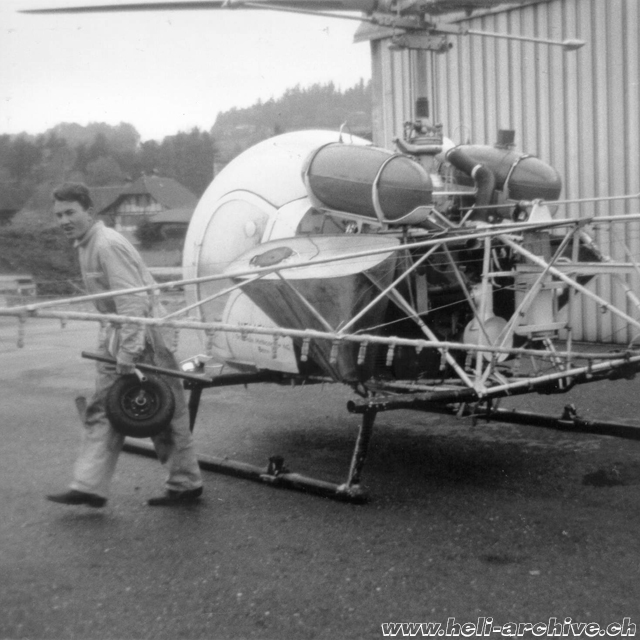 Adolf Litzler started his aviation career as helicopter mechanic (archive A. Litzler)