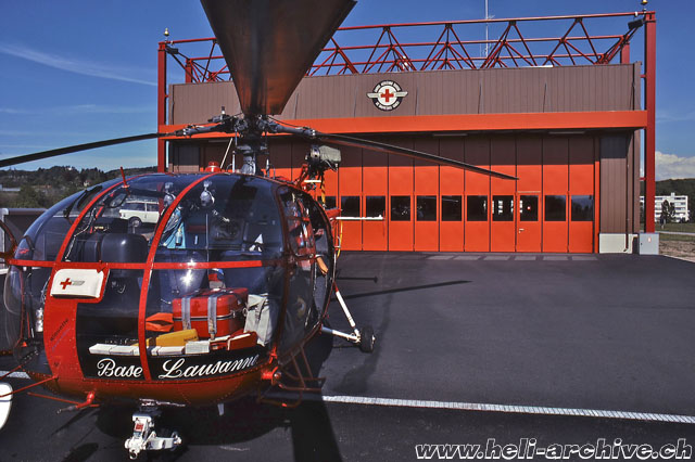 The SA 319B Alouette 3 HB-XHY in front of the Rega's hangar in Lausanne. With this aircraft Silvio Refondini has performed hundreds of SAR missions (S. Refondini)