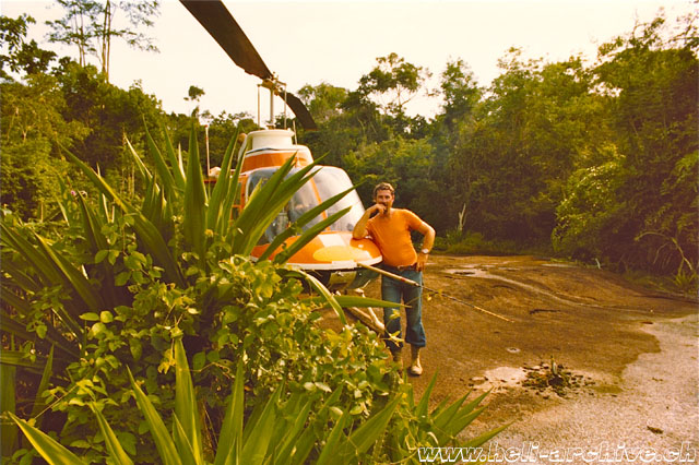 Suriname 1972 - Confined area landing in the tropical rainforest (S. Refondini)