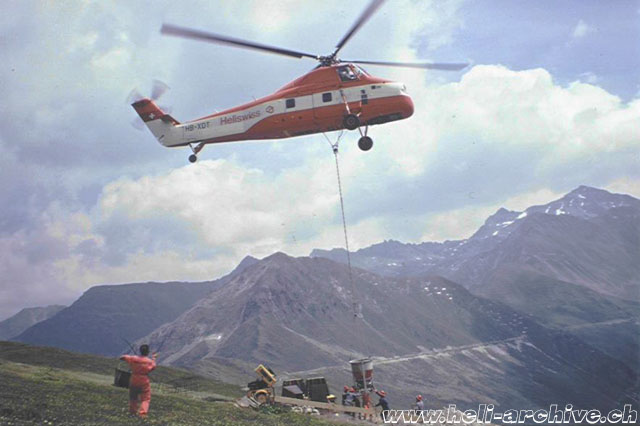 1970s - Transportation of concrete in the Swiss Alps with the Sikorsky S-58T HB-XDT (JB Schmid)