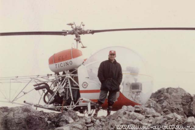 Siegfried Stangier beside the Agusta-Bell 47G3B-1 HB-XBY in service with Eliticino (HAB)