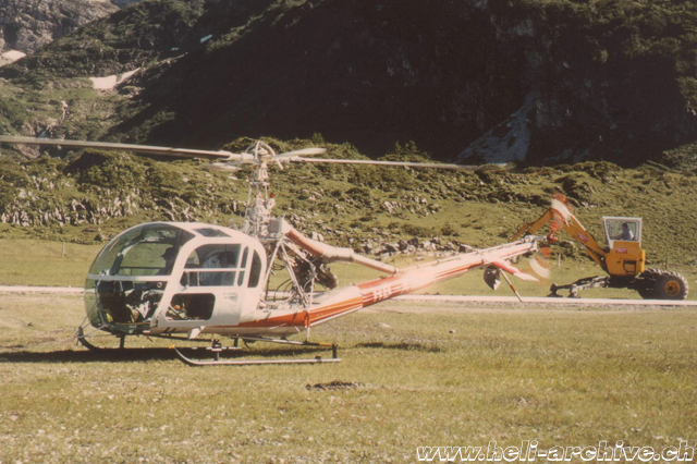 September 1980 - At the controls of the Hiller-Soloy UH-12E4T HB-XLF in service with Heli-Trans Pilatus (HAB)